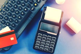Ruszają kasy online, również programowe, czyli na tablet lub smartfona