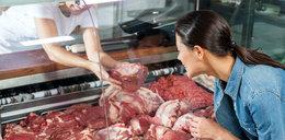 Sieci wprowadzają za małe podwyżki na mięso. Producenci skarżą się na straty i chcą walczyć z sieciami