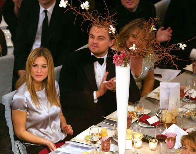 Bar sa Leonardom Dikaprijem i njegovom majkom Irmalin Dikaprio na dodeli Filmskih nagrada 2010. u Berlinu