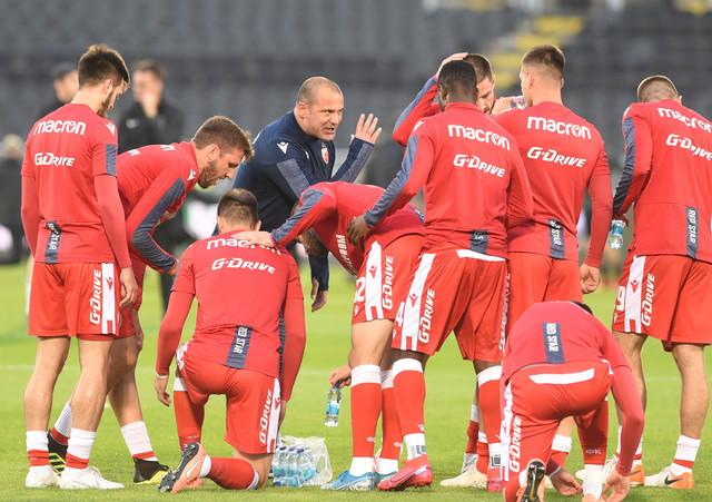 Dejan Stanković sa svojim igračima