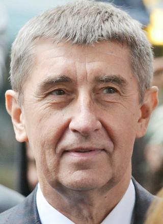 Czeski premier ostrzega przed zamykaniem wewnętrznych granic w UE