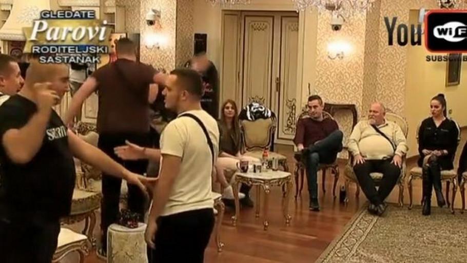 OVO NISTE IMALI PRILIKE DA VIDITE: Parovi bez CENZURE! VIDEO
