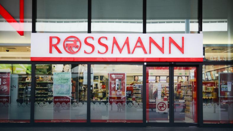 Rossmann wprowadził płatne reklamówki - od września 2017