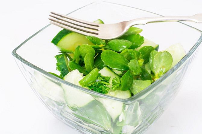 Tušt u salati