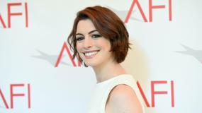 Anne Hathaway odpowiada Amy Schumer na żart ze swojej osoby