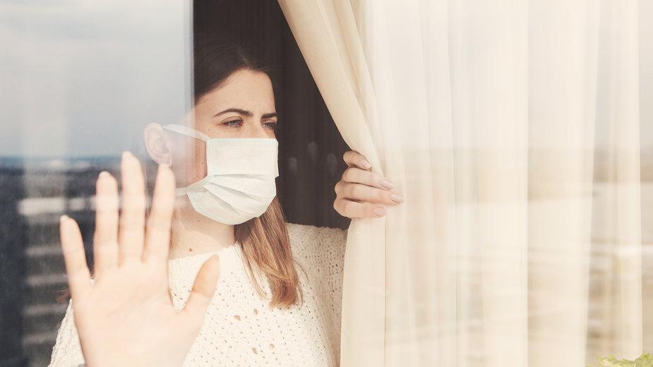 Część badań wykazało, że maseczki redukują ryzyko zakażenia