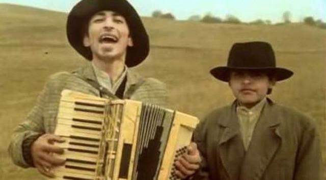 Romski muzikanti: Nenad i Miodrag Krstić