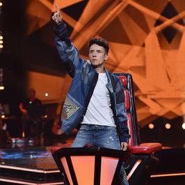 """""""The Voice Kids"""": co fani są w stanie zrobić dla Dawida Kwiatkowskiego?"""