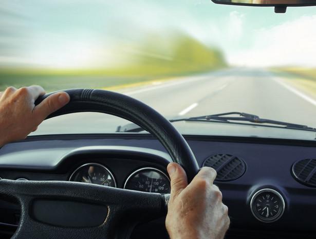 Zaostrzone mają być też przepisy za złamanie sądowego zakazu prowadzenia pojazdu
