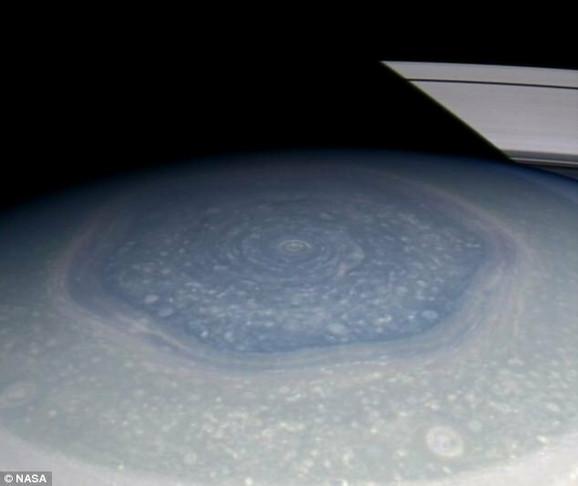 Dosadašnje predstave oluja na Saturnu su se ispostavile kao pogrešne