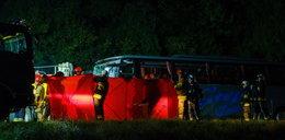 Tragiczne zderzenie busa z autobusem. Dziewięć osób nie żyje