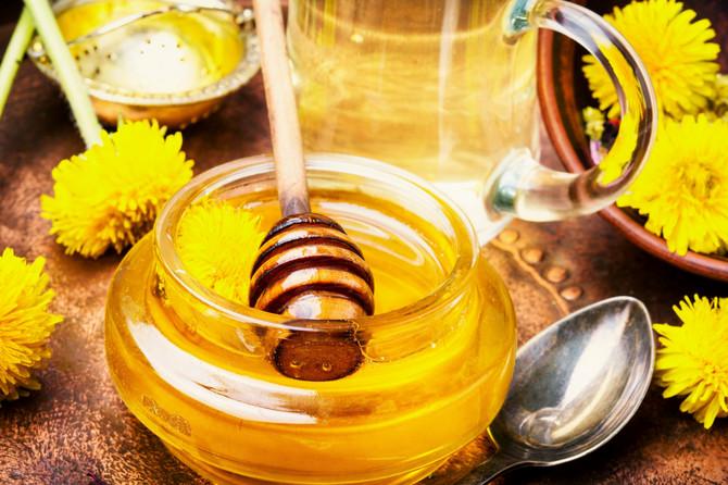Med deluje kao prirodni antibiotik i antioksidans