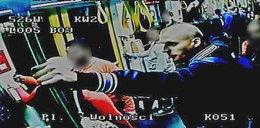 Zaatakował w tramwaju obcokrajowca i jego żonę. Policja publikuje wizerunek
