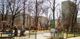 Ale nazwa! Pomyłka na tablicy placu zabaw w parku Staszica w Łodzi!