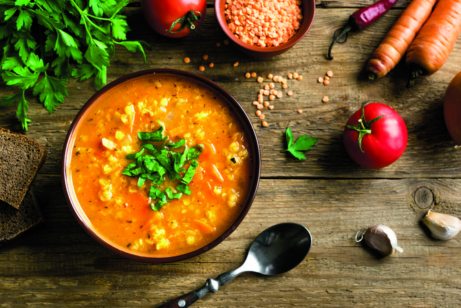 Savršena kombinacija sočiva i paradajza