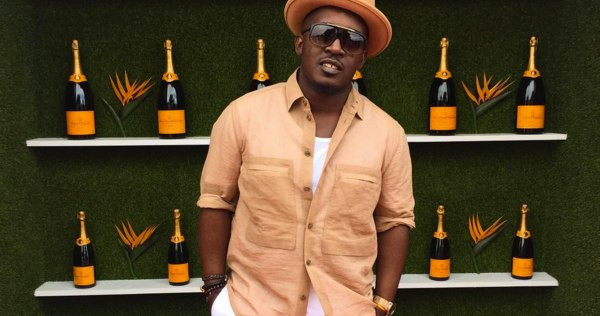 The BET 2019 award-winning music act also warned rapper, MI Abaga to desist from his seeming support for AKA or lose his respect.