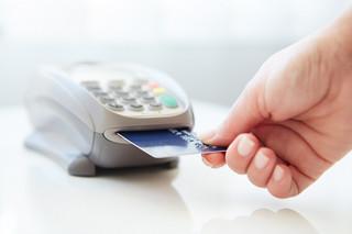 Problemy z płatnością kartami Visa. Firma bada przyczyny