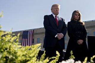 Trump zdał kryzysowy test: Amerykanie pozytywnie oceniają działania administracji w czasie huraganów