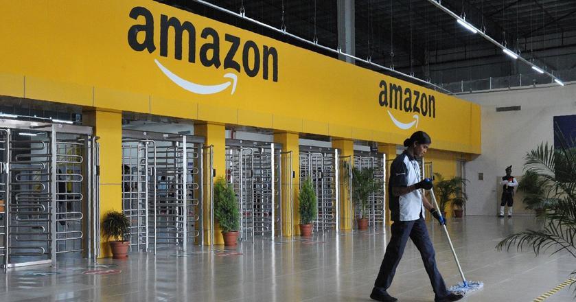 Amazon zatrudnia około 300 tys. osób na całym świecie