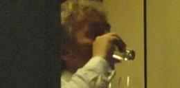 Boniek i jego świta piją za prezesurę. FOTO