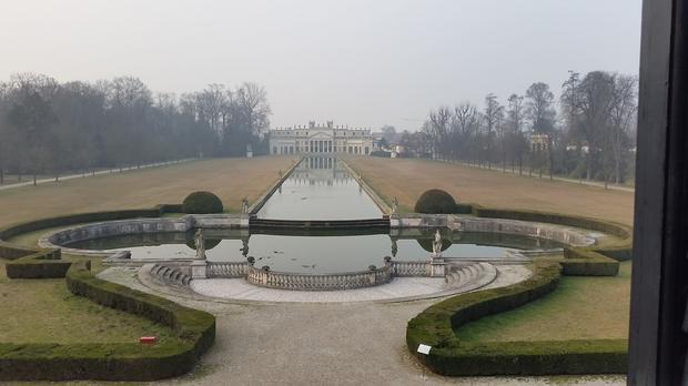 Widok z balkonu w Willi Pisani