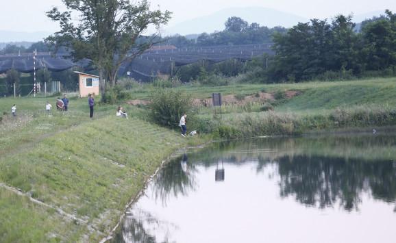 Posetioci na Markovačkom jezeru