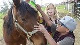 Adoptowany chłopiec odzyskał sens życia na farmie zwierząt
