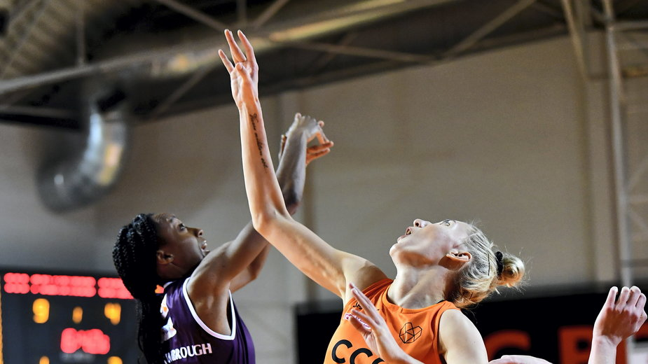 Shatori Walker-Kimbrough i Weronika Telenga