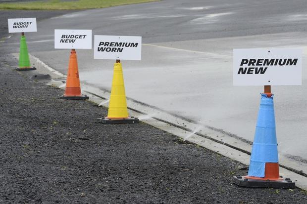 Hamowanie na mokrej nawierzchni, wyniki testów Michelin