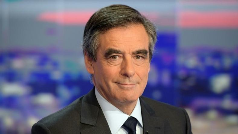 Former French prime minister Francois Fillon poses at French TV channel TF1, on November 21, 2016 in Boulogne-Billancourt