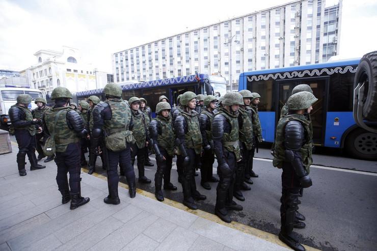 moskva protest17 foto EPA SERGEI CHIRIKOV