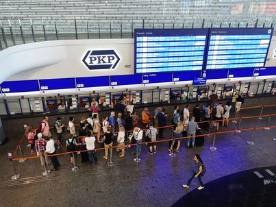 By złożyć reklamację na spóźniony pociąg nie trzeba będzie już iść do kasy