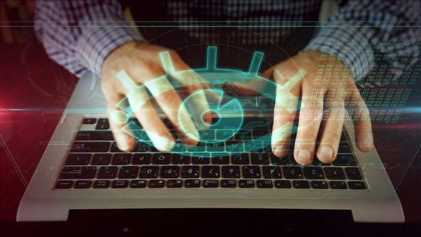 """Według informacji """"Bild"""" z """"zachodnich źródeł wywiadowczych"""", za atakiem stali rosyjscy hakerzy z grupy """"Fancy Bear""""."""