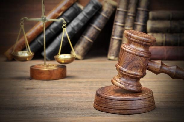 Model dochodzenia do zawodu sędziego w dużej mierze przesądza o tym, jacy ludzie, jak wykształceni, z jakim bagażem życiowego doświadczenia i na ile wyrobioną odpornością na wszelkie naciski trafiają do sądów.