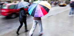 Załamanie pogody. Zimno i deszcz. Ostrzeżenie dla Łodzi
