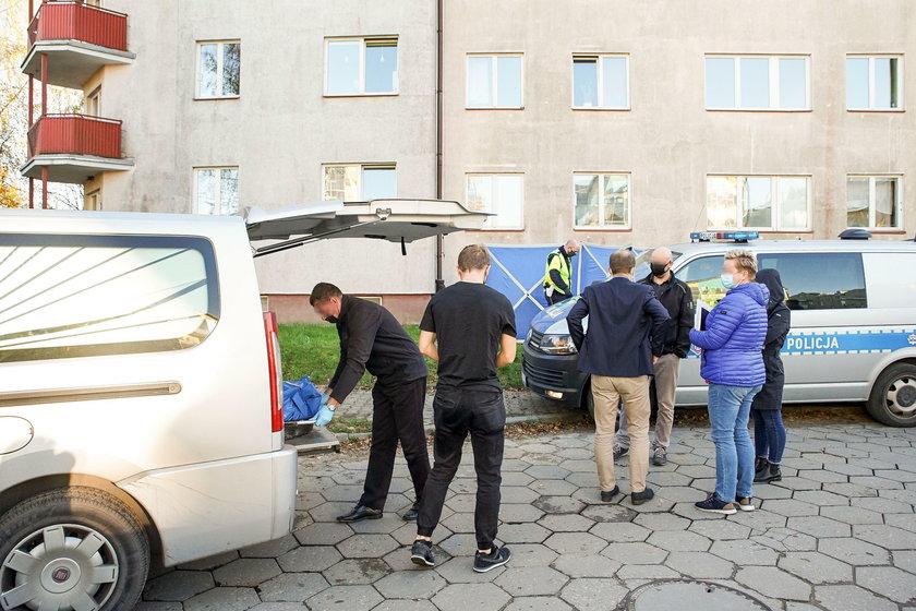 WYPADL Z OKNA PODCZAS INTERWENCJI POLICJI