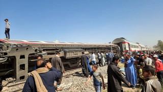 32 ofiary śmiertelne katastrofy kolejowej w Egipcie. Służby: Ktoś zaciągnął hamulce awaryjne