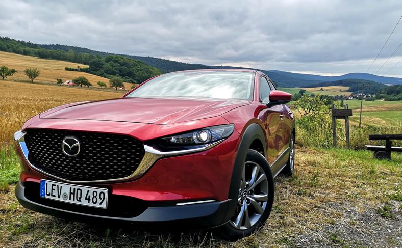 "Mazda CX-30 walczy o tytuł ""World Car of the Year 2020"""