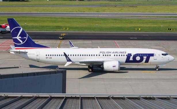 W tym roku LOT miał przewieźć 12 mln pasażerów. Obsłuży 3 mln