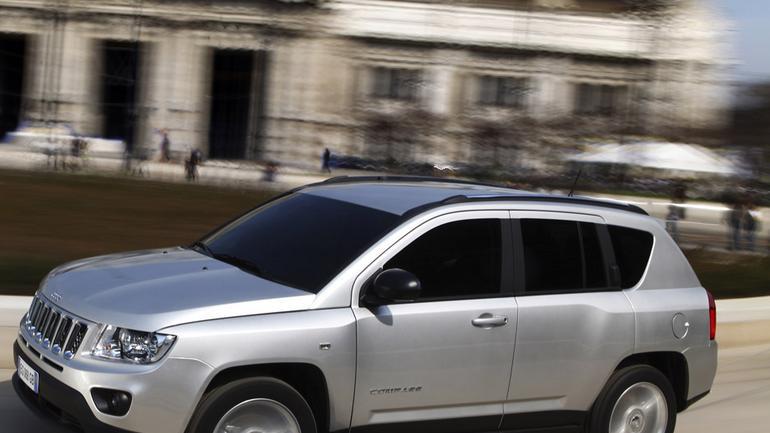 Szkoła jazdy Jeepa: suv i terenówka w mieście