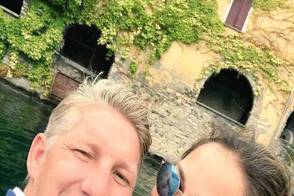 """""""NE MOGU BITI SREĆNIJA!"""" Ana i Bastijan potvrdili TRUDNOĆU fotografijom O KOJOJ SVI PRIČAJU!"""