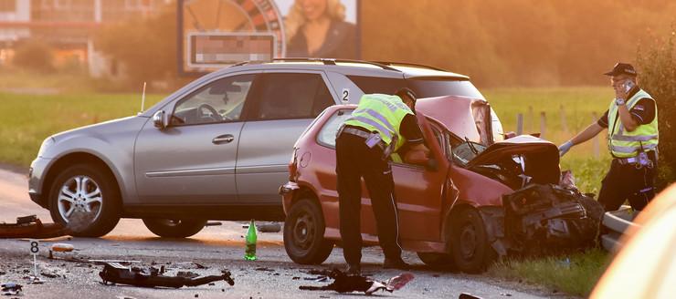 Novi Sad120 saobracajna nesreca udes na putu Rumenackom putu foto Nenad MIhajlovic