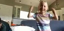 Ja chodzę, ja chodzę! Pierwsze kroki 4-latki z porażeniem mózgowym po operacji, która zmieniła jej życie