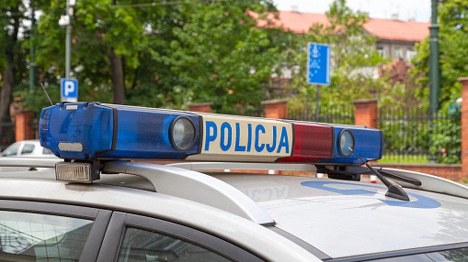Policja poszukuje kobiety, która prowadziła opla