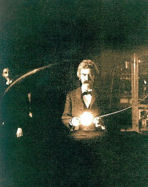Mark Tven i Nikola Tesla (levo) 1894.