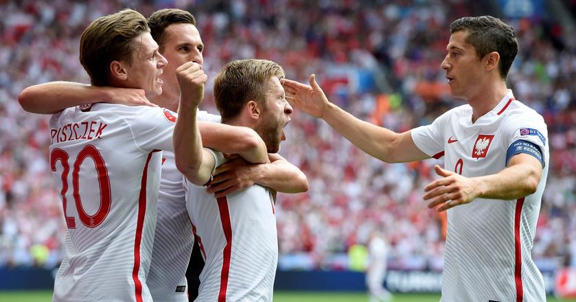 Jakub Błaszczykowski, Łukasz Piszczek, Arkadiusz Milik i Robert Lewandowski podczas meczu Polski ze Szwajcarią na Euro 2016