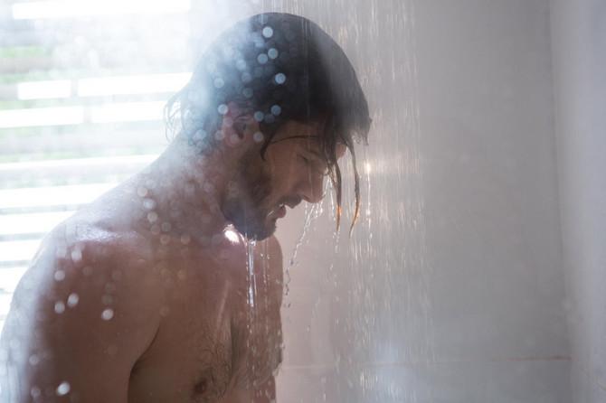 Odbacio sapun,a  onda i ostale higijenske preperate