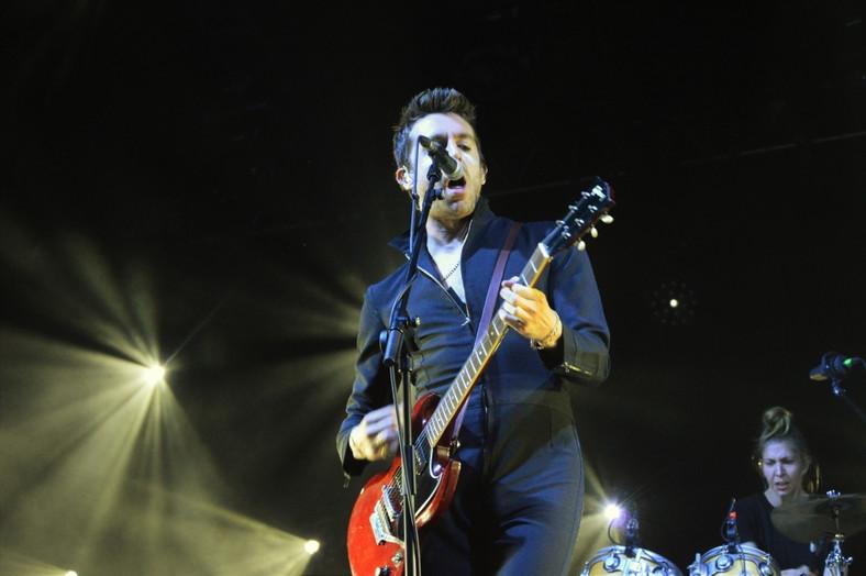 Miles Kane na scenie Orange Warsaw Festival; 1 czerwca 2019