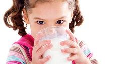 Dajesz dziecku mleko? Robisz mu krzywdę?