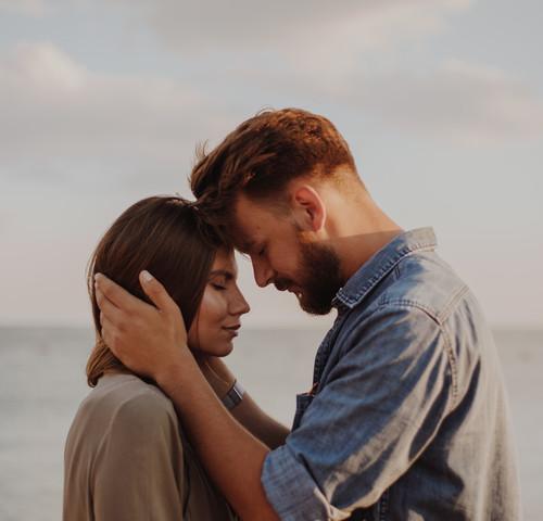 Dochodzenie do siebie po randce z żonatym mężczyzną